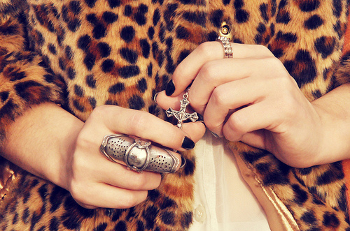 animal-print-fashion-leopard-nails-ring-Favim.com-54134